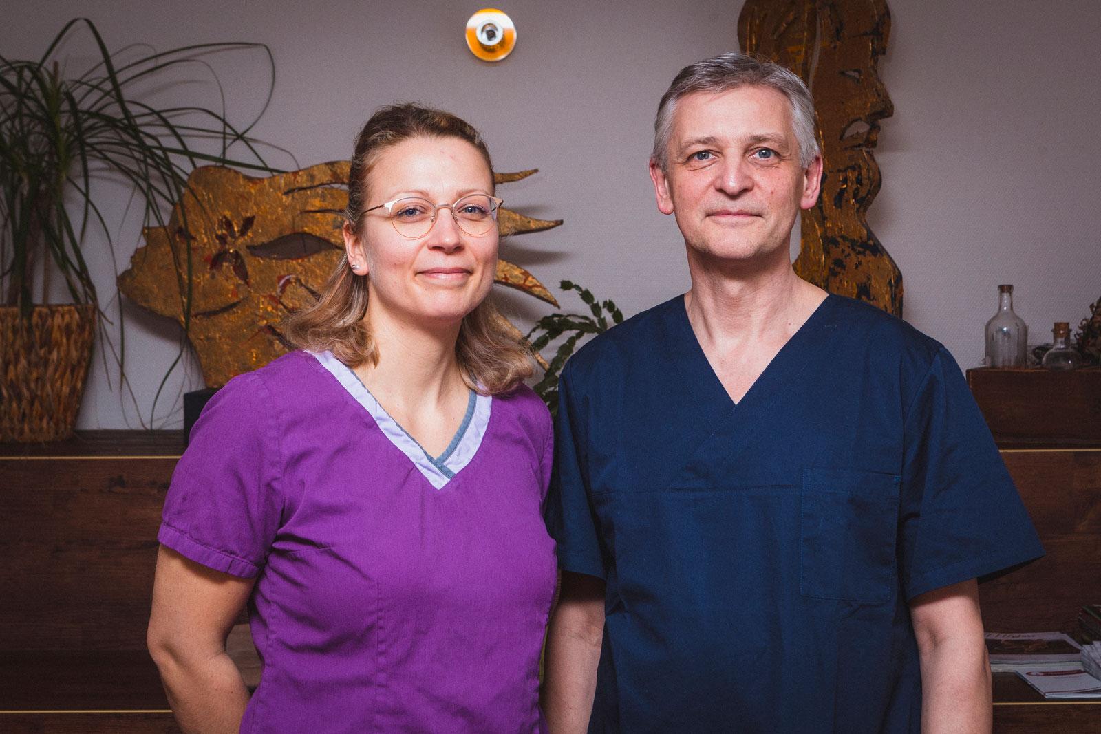 Dipl.-Med. Ralph Thomas, Facharzt für Anästhesiologie und Mitarbeiterin